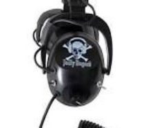 """DetectorPro Jolly Rogers Headphones Super Comfortable, Adjustable and They Just Plain Stay on your Head Have a Jolly Good Time finding treasure with our Jolly Rogers metal detector headphones. By Jolly Good Time we mean you will find them super comfortable, adjustable, and they just plain stay on your head! In fact, Jolly Rogers headphones have the same rugged construction as our now famous, full featured professional Gray Ghost headphones. You will like the way these headphones cover your entire ear comfortably and block out ambient noise allowing you to hear the faintest signals. *Please Note : If using a DetectorPro Headphone on the Minelab CTX-3030, an optional 1/4"""" mono to stereo adapter may be required when using the removable 1/4"""" headphone module."""