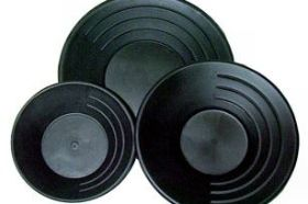 10 1/2 Inch High Impact Plastic Gold Pan - GPP10-Black - Keene These model gold pans have been considered the standard in the industry for decades. Designed with riffles, a drop center bottom that will trap fine gold and a textured surface to help prevent lost values. Lifetime guarantee.