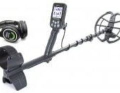 """Nokta Makro Simplex+ WHP Waterproof Metal Detector with 11"""" DD Coil and Wireless Headphones - 11000622 Simplex+ Is The First Waterproof Detector On The Market Offering Extreme Depth And High-End Features At An Entry-Level Price! Nokta Makro Simplex+ Waterproof Metal Detector with 11"""" DD Coil Main Features IP68 - Waterproof Up To 3m (10ft) Wireless Audio Ready Wireless Headphones Included Built-In Rechargeable Battery Lightweight (1.3kg / 2.9lbs) Shaft Retracts Down To 25"""". Great For Easy Transport, Storage As Well As Diving! 11"""" DD Coil Product Specifications Easy to Use Single Menu Design Search Modes - All Metal / Field / Park / Beach Iron Volume Notch Discrimination Frequency Shift Vibration Online Firmware Updates Fabulous Lightning for Night & Underwater Use – Backlit keypad / LCD & LED Flashlight"""